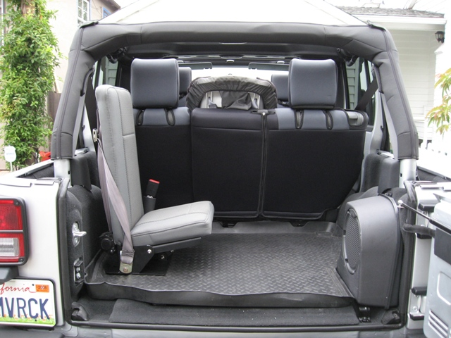 2014 jeep wrangler 3rd row seat autos weblog. Black Bedroom Furniture Sets. Home Design Ideas