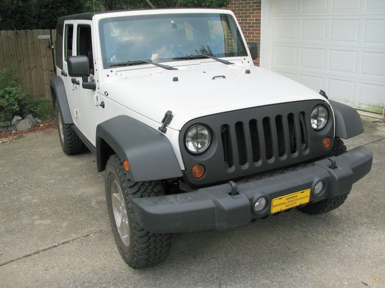 How to paint fenders to match the textured black bumpers ...