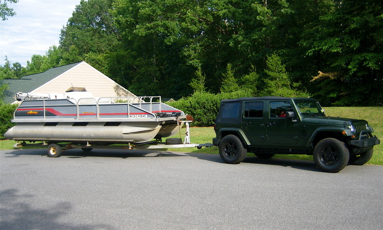 Can a jeep wrangler pull a pontoon boat