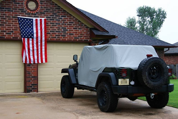 Bestop Trail Cover Vs Smittybilt Cab Cover One In The