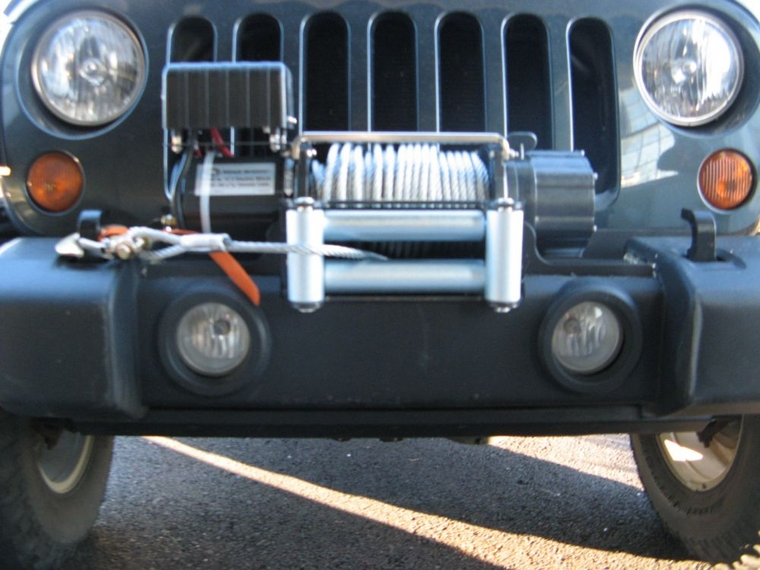 Installed Harbor Freight Univ Winch Mount + 10k lb Winch (HF