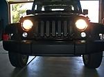 Jeep_HeadlightShot_080529_1.JPG