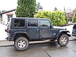 Jeep_001post.JPG