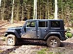 Jeep_004post.JPG