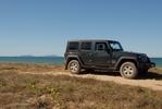 jeep_mackay_beach.jpg