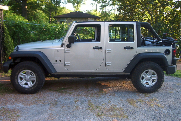 "32"" or 33"" Tires on Stock 16"" Rims - JK-Forum.com - The top destination for Jeep JK Wrangler ..."