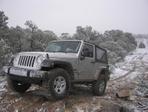 jeep_snow_001.jpg